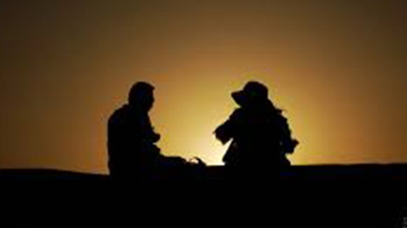 大齡男女婚姻速配不易 哥要年輕姐挑財力